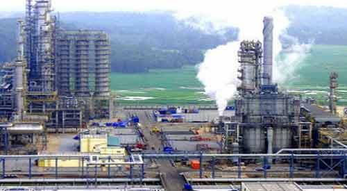 Giá dầu giảm khiến nhiều đại gia năng lượng rút khỏi VN - 1
