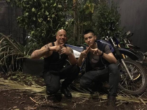 Vin Diesel cưỡi mô-tô lướt sóng truy đuổi Chân Tử Đan - 9