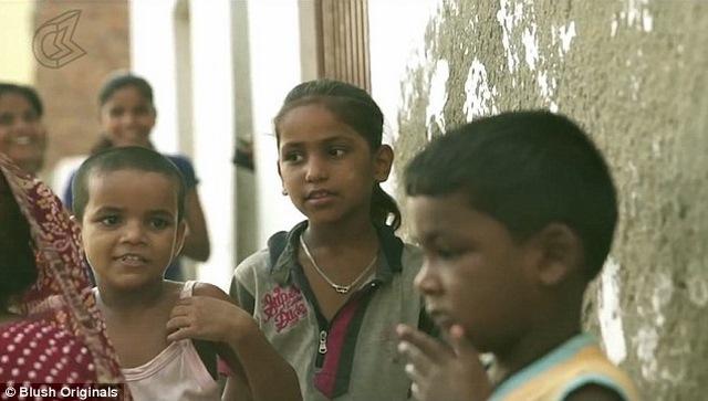"""Những cô gái tuổi teen trong """"địa ngục"""" nhà thổ ở Ấn Độ - 5"""
