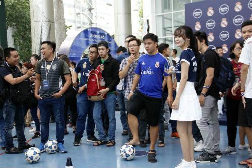 Fan Real Madrid háo hức cho cuộc tranh tài ở Hà Nội - 2
