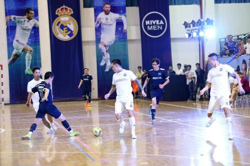Fan Real Madrid háo hức cho cuộc tranh tài ở Hà Nội - 3
