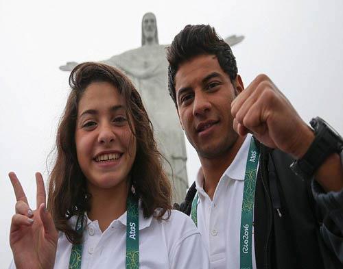 Olympic: Cô gái tị nạn liều mình cứu 19 người giữa biển - 1