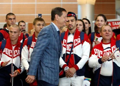 Olympic Rio: Đoàn Nga yếu, ai 'trị' đoàn Mỹ - 1
