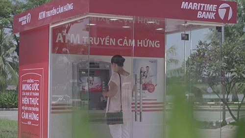 """Maritime Bank gây bất ngờ lớn với """"Cây ATM biết nói"""" - 1"""