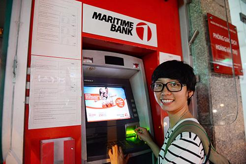 """Maritime Bank gây bất ngờ lớn với """"Cây ATM biết nói"""" - 2"""