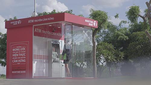 """Maritime Bank gây bất ngờ lớn với """"Cây ATM biết nói"""" - 4"""
