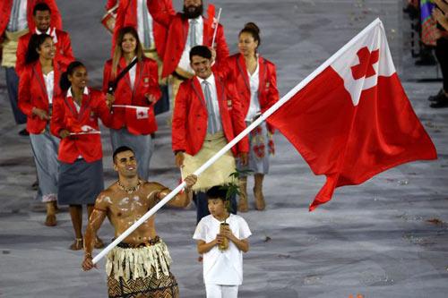 """Olympic: Tan chảy với """"nam thần"""" 6 múi cầm cờ - 5"""