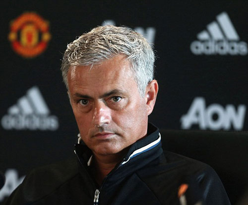 """Tin HOT tối 6/8: Mourinho """"khẩu chiến"""" Wenger, Klopp - 1"""