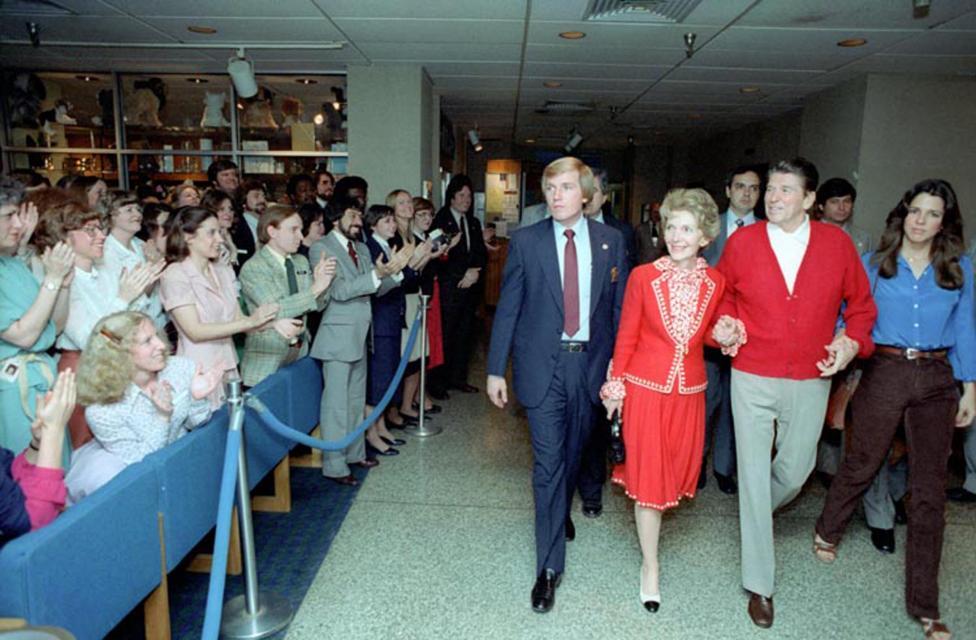 Ảnh hiếm: Toàn cảnh vụ ám sát Tổng thống Mỹ Reagan - 12