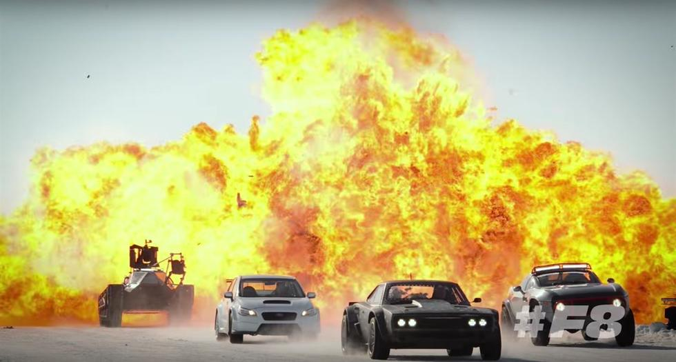 """The Rock khoe cơ bắp tung hoành trong """"Fast & Furious 8"""" - 10"""
