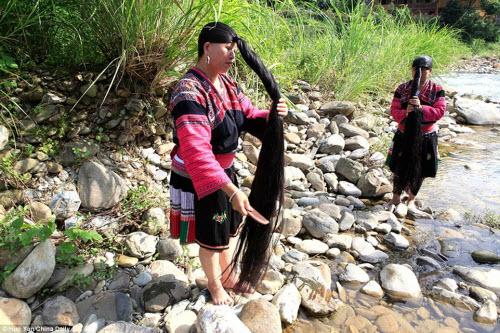 Bên trong ngôi làng phụ nữ chỉ cắt tóc một lần trong đời - 2