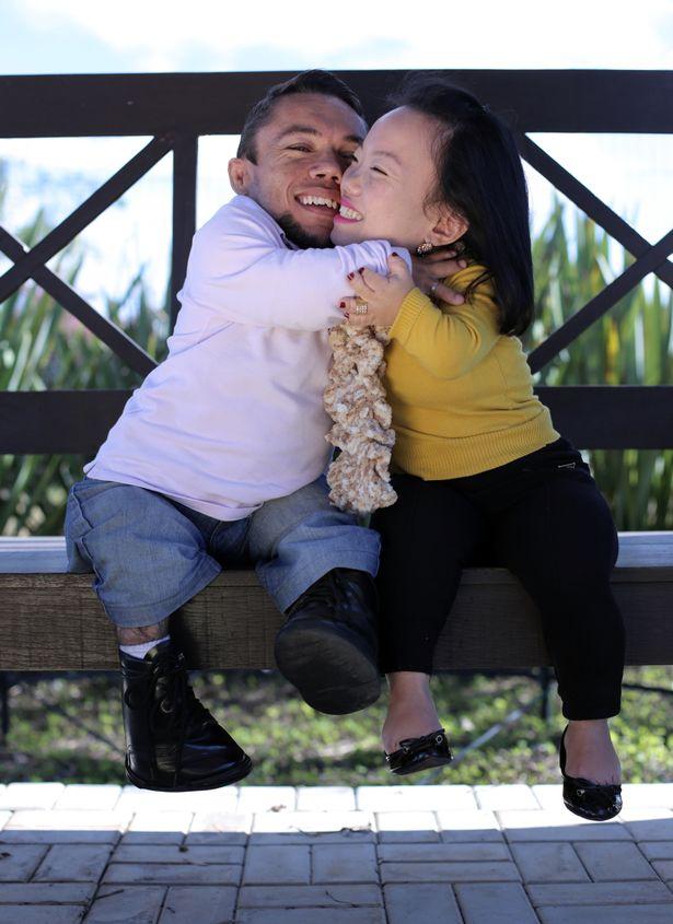 Cái kết viên mãn cho cặp đôi lùn nhất thế giới - 2