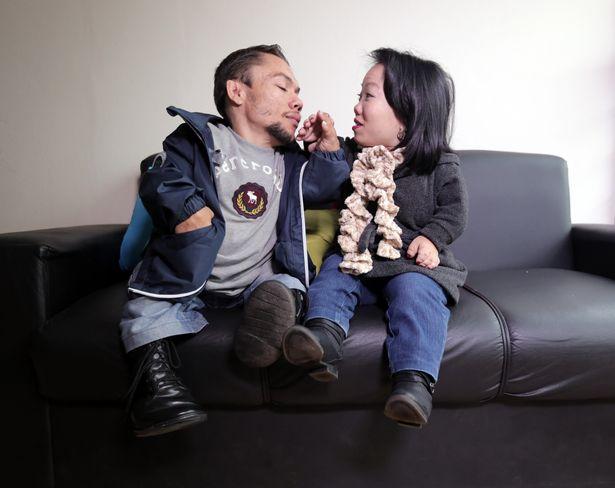 Cái kết viên mãn cho cặp đôi lùn nhất thế giới - 3