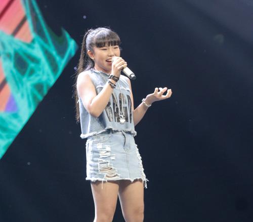 Cô bé hát Quốc ca 12 tuổi gây sốt The Voice Kids - 9