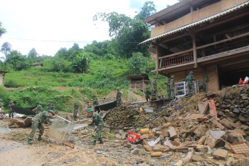 Tin mới nhất lũ lụt tại Lào Cai - 2