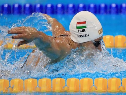 Tin nóng Olympic ngày 1: Bơi lội Hungary phá kỷ lục thế giới - 1