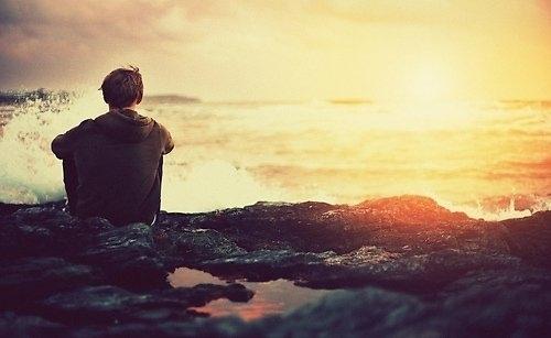 Thơ tình: Giữa biển trời cô đơn - 1