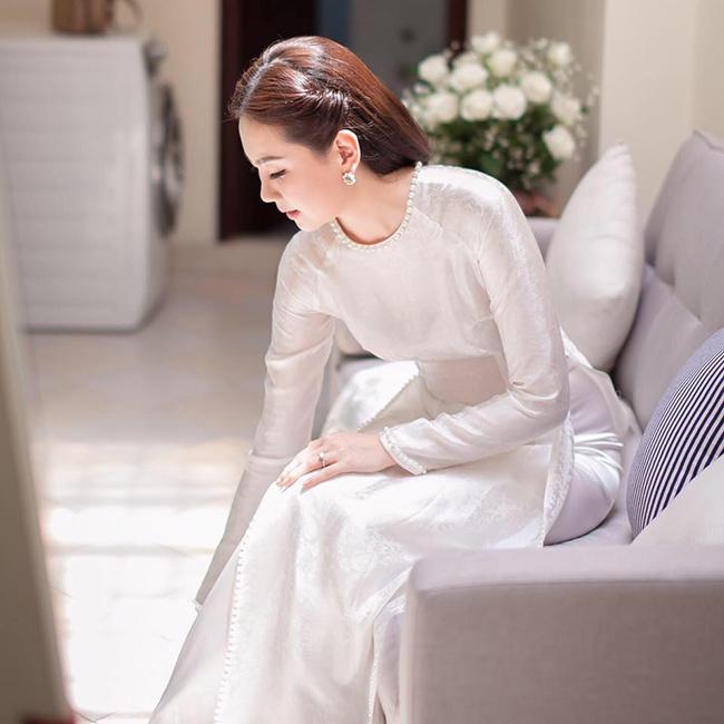 Sở hữu vẻ đẹp dịu dàng, Mai Ngọc luôn gây thiện cảm với người đối diện.