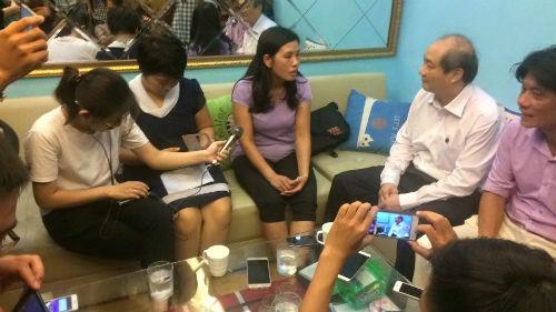 Hoàng Xuân Vinh HCV Olympic: Đẹp trai, giỏi…nịnh vợ - 3