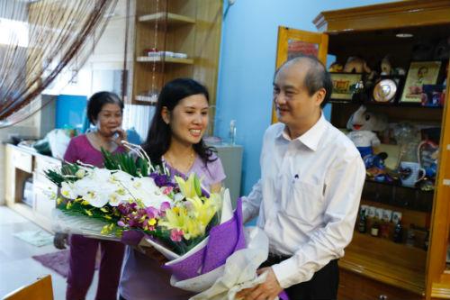 Hoàng Xuân Vinh HCV Olympic: Đẹp trai, giỏi…nịnh vợ - 1