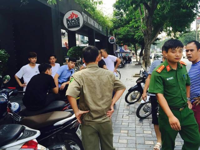 Hà Nội: Cháy lớn ở nhà hàng bia Vuvuzela - 3