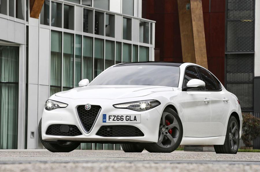 Alfa Romeo Giulia 2017 đã có giá bán - 1