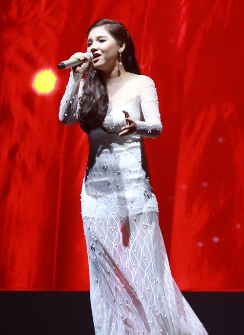 Hương Hồ làm mặt lạnh sau hàng loạt scandal tại X-Factor - 3