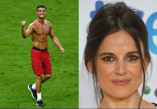 Ronaldo bị chê bai không xứng làm thần tượng - 1