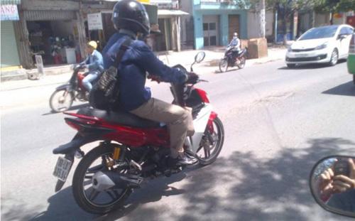 Lộ xe côn tay SYM 175 phân khối đầu tiên tại Việt Nam - 1