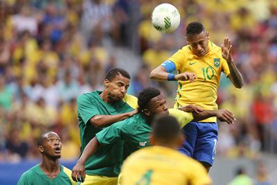 """Chi tiết Brazil – Iraq: Thiếu vắng """"sát thủ"""" (KT) - 4"""