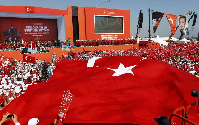 5 triệu người Thổ Nhĩ Kỳ tuần hành ủng hộ chính quyền - 4