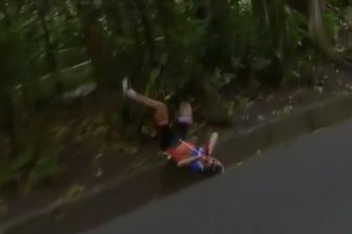 Olympic: Tai nạn ghê rợn, VĐV xe đạp mất HCV - 4