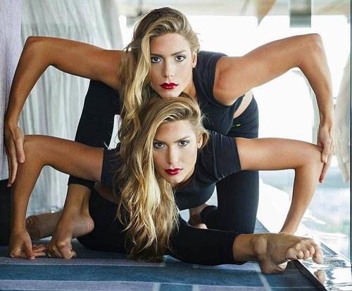 Cặp chị em sinh đôi xinh đẹp, tài năng nhất Brazil - 1