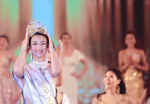 Vẻ đẹp đời thường trong sáng của tân HH Bản sắc Việt - 2