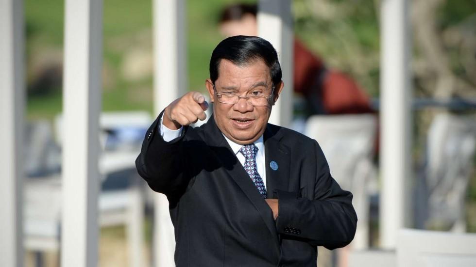 Được Trung Quốc bơm tiền, Campuchia mất gì? - 1
