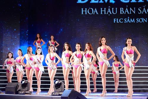 Cận cảnh màn bikini tại chung kết Hoa hậu Bản sắc Việt - 3
