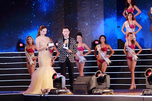 Cận cảnh màn bikini tại chung kết Hoa hậu Bản sắc Việt - 7