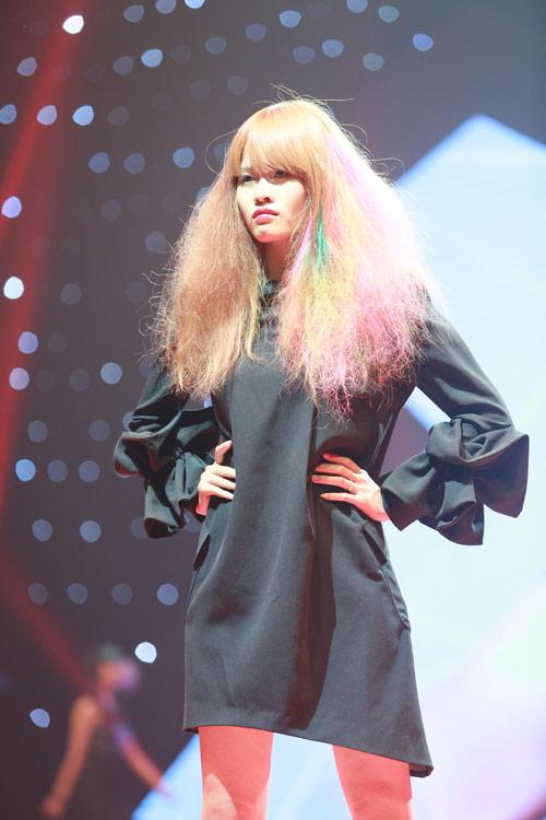 Những mẫu tóc độc đáo tại Color Zoom Hairshow 2016 - 8