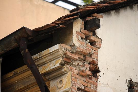 """""""Rụt cổ"""" sống trong nhà cổ ở Sài Gòn - 5"""