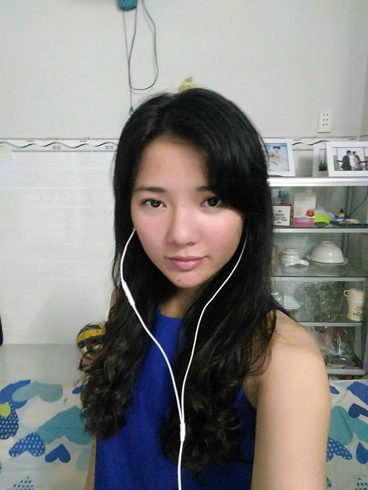Sạch bay mụn chi chít, 9X Quảng Trị mơ làm ca sĩ - 4