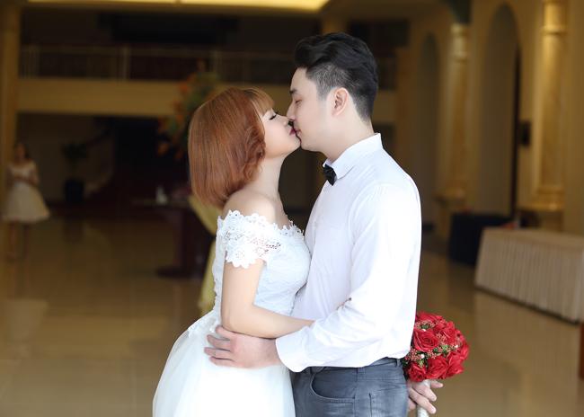 22 cặp đôi khắp cả nước đổ về TP.HCM chụp ảnh cưới - 9