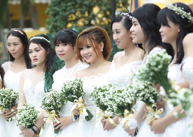 22 cặp đôi khắp cả nước đổ về TP.HCM chụp ảnh cưới - 10