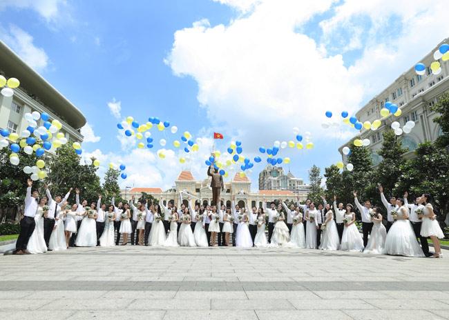 22 cặp đôi khắp cả nước đổ về TP.HCM chụp ảnh cưới - 12