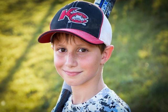 Bé trai 10 tuổi tử nạn ở cầu trượt nước cao nhất thế giới - 1