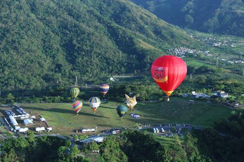 Vietjet rực rỡ tại Lễ hội khinh khí cầu quốc tế - 1