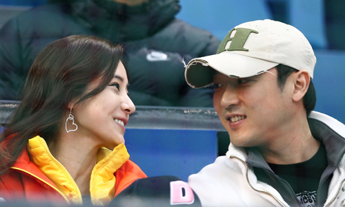 """Cuộc sống của """"búp bê"""" xứ Hàn được chồng tặng nhẫn 4 tỷ - 3"""