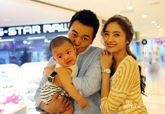 """Cuộc sống của """"búp bê"""" xứ Hàn được chồng tặng nhẫn 4 tỷ - 1"""