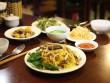 Khai trương cơm gà Bà Buội Hoàng Quốc Việt