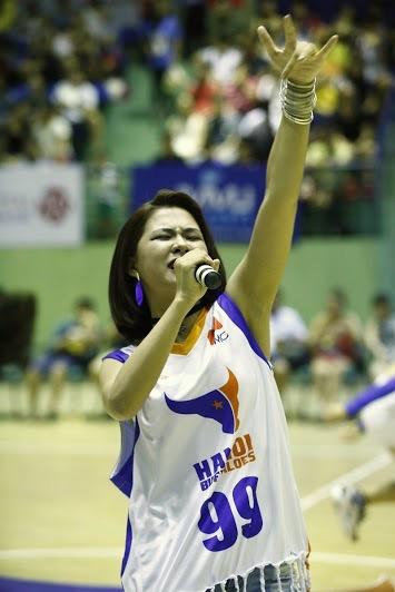 """Hà Nhi Idol """"bùng nổ"""" cùng giải bóng rổ chuyên nghiệp Việt Nam - VBA - 4"""