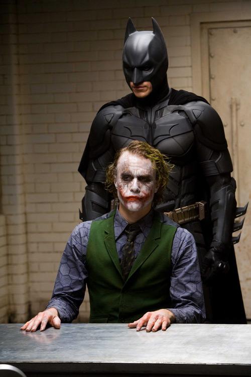 The Dark Knight: Bộ phim khiến khán giả ám ảnh về cái ác - 2